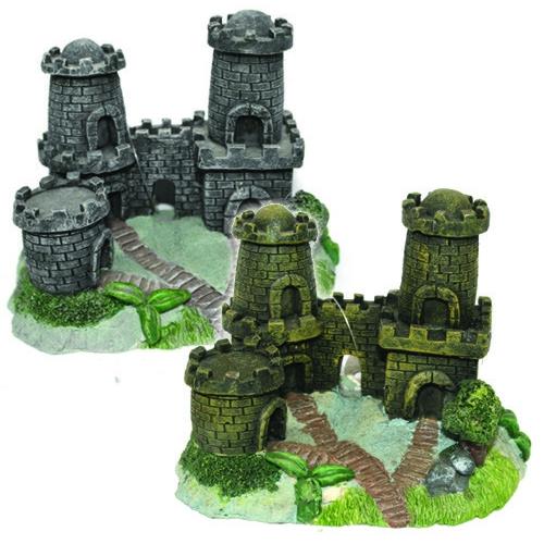 """Декорация пластиковая """"Замок с двумя башнями"""" 130х80х100мм"""